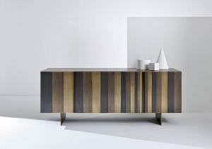 "furniture: ST 12 LOW SIDEBOARD WITH FOUR HINGED DOORS AND LEGS, FITTED WITH TWO INTERNAL DRAWERS. SIDE PANELS, DOORS AND LEGS CLAD WITH METAL. INSIDE AND TOP IN WALNUT ""COLORE"". AVAILABLE ALSO WITH TOP CLAD IN METAL. 