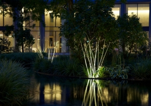 lighting: MUNICH REEDS IP 65: TWELVE LIGHT-GUIDING, HANDCRAFTED STALKS GIVE AN IMPRESSION OF GLOWING REEDS. LED, APPROX. 8 W, WARM WHITE, DIMENSION 25 X 25 X APPROX. H 140 CM | ARCHONTIKIS-LICHTLAUF