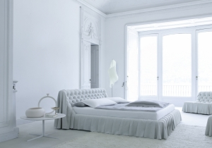 furniture: ´BOHEMIEN´DESIGN: CASTELLO LAGRAVINESE. BOHéMIEN IS A BED WITH A MODERN INTERPRETATION OF AN ANTIQUE GLAMOUR. SIZE OF THE MATTRESS | BSNL