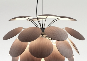 lighting: THE NEW DISCOCó PAYS HOMAGE TO THE ORIGINAL: WITH IS NEW WOODEN DISCS IT PERSISTS IN THE DRAMATIC GAME OF LIGHT AND SHADOW, AND YIELDS AN EXTREMELY WELCOMING LIGHT. DIA: 68CM, 3 X LED E27 | ARCHONTIKIS - MARSET